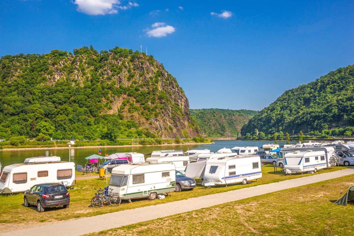 9 außergewöhnliche Wohnmobil-Roadtrips durch Europa  Camping